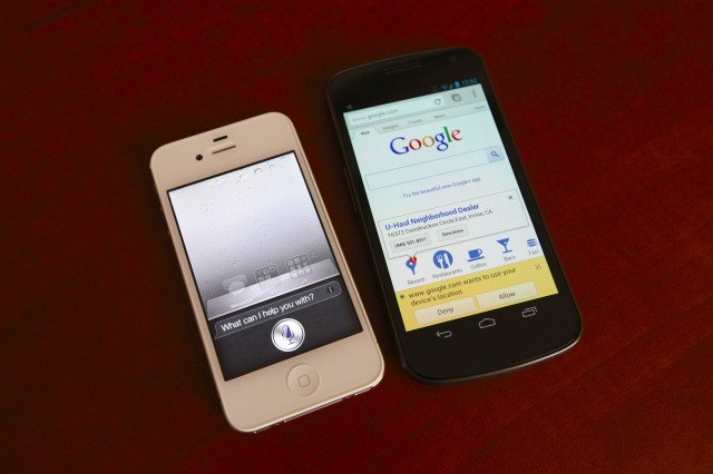 siri-vs-google-searching-640x426
