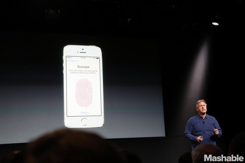 Trình diễn tính năng bảo mật vân tay qua nút Home của iPhone 5S