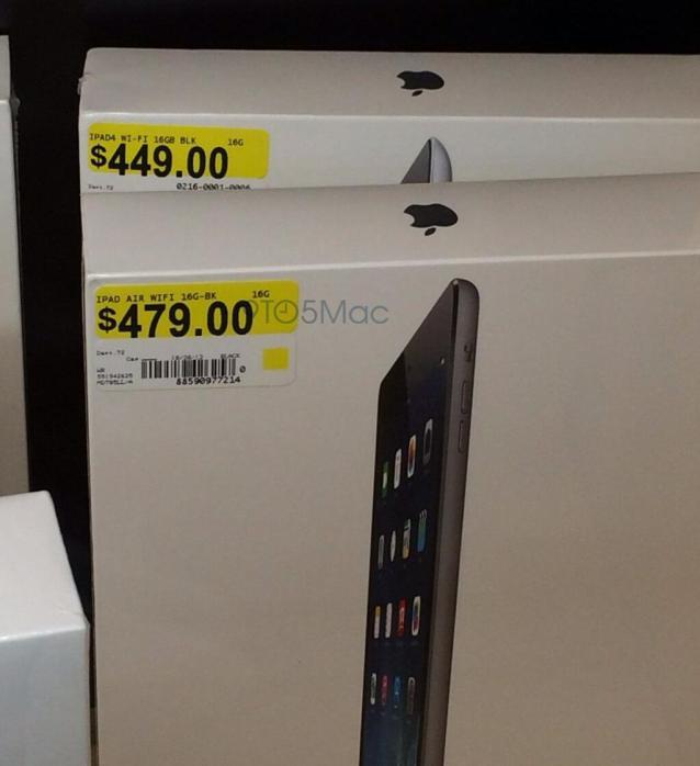 iPad Air trên kệ một cửa hàng Walmart.