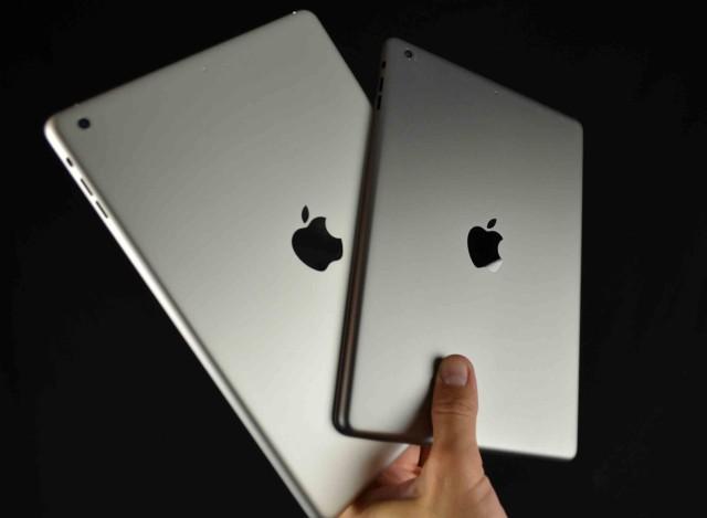 iPad 5 với hai màu: xám mờ và bạc