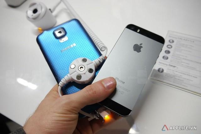 samsung-galaxy-s5-va-apple-iphone-5s-2-2014226111043