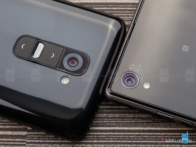Sony-Xperia-Z1-vs-LG-G2-003