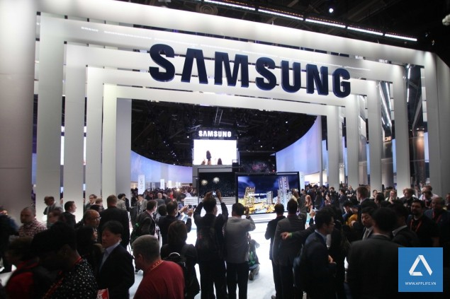 Samsung_Electronics_booth_635