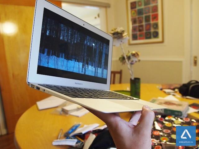 11_inch_MacBook_Air_15
