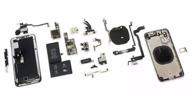 Chương trình thay thế sửa chữa iPhone X, Macbook Pro 13 inch